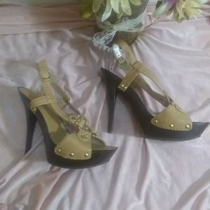 Jessica Simpson size 8 gold/tan/brown heels